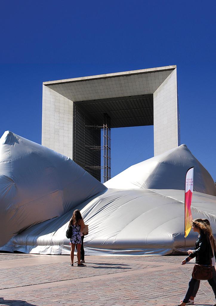 prouchet dalla costa sculpture la défense paris